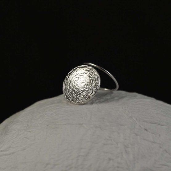 Anillo geometrico de plata