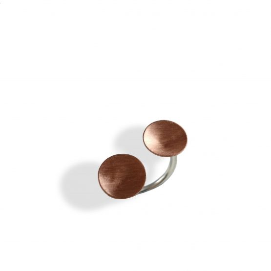 Anillo de cobre y plata